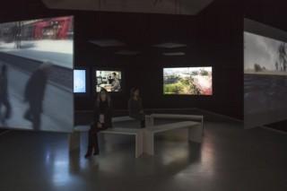 """Harun Farocki """"Parallele I-IV"""" in Galerie Thaddaeus Ropac, Paris © Philippe Servent 2014"""